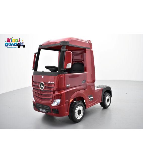 Mercedes Actros rouge métallisé 2 x 12V, camion électrique enfant 12 volts télécommande parentale 2.4 Ghz, 12V 14Ah, 4 moteurs