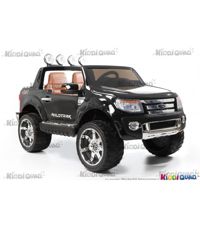 voiture electrique 2 places beautiful voiture enfant voiture lectrique places v mega jeep. Black Bedroom Furniture Sets. Home Design Ideas