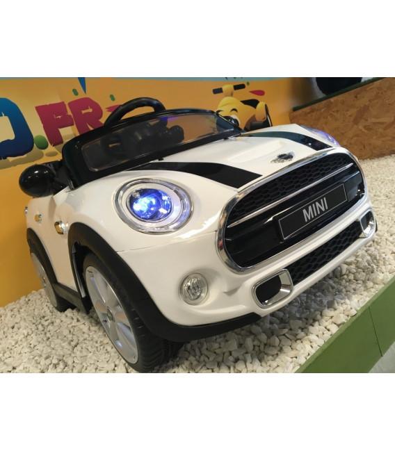 mini cooper blanc 12 volts lectrique pour enfant. Black Bedroom Furniture Sets. Home Design Ideas