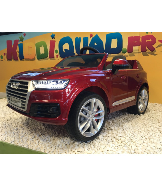 Audi Q7 S-Line Rouge Misano métallisé, voiture électrique pour enfant 12 volts