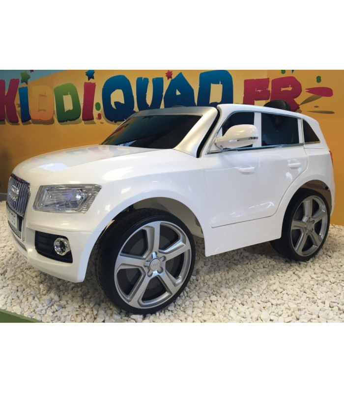 audi q5 blanc 12 volts avec t l commande parentale et. Black Bedroom Furniture Sets. Home Design Ideas