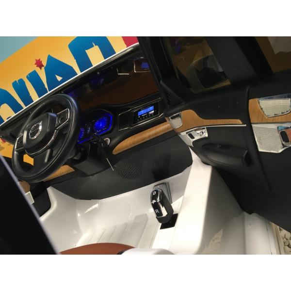 Volvo XC90 T6 Momentum Blanc Glace, Voiture électrique 12