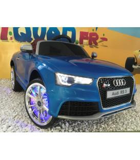Audi RS 5 Bleu Métallisé avec ombrelle anti UV, 12 Volts, voiture électrique pour enfant