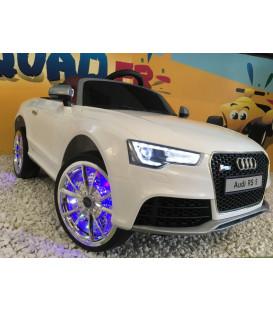 Audi RS 5 Blanc Ibis avec ombrelle anti UV, 12 Volts, voiture électrique pour enfant
