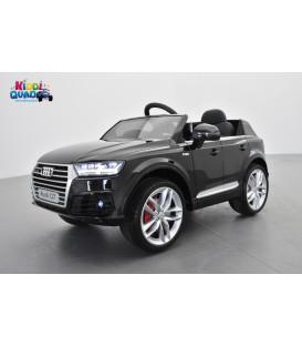 Audi Q7 S-Line Noir Orca métallisé, voiture électrique pour enfant 12 volts